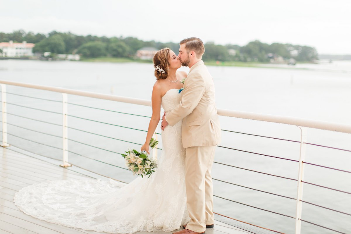 Budget Friendly Wedding Venue Virginia Beach Lesner Inn (34)