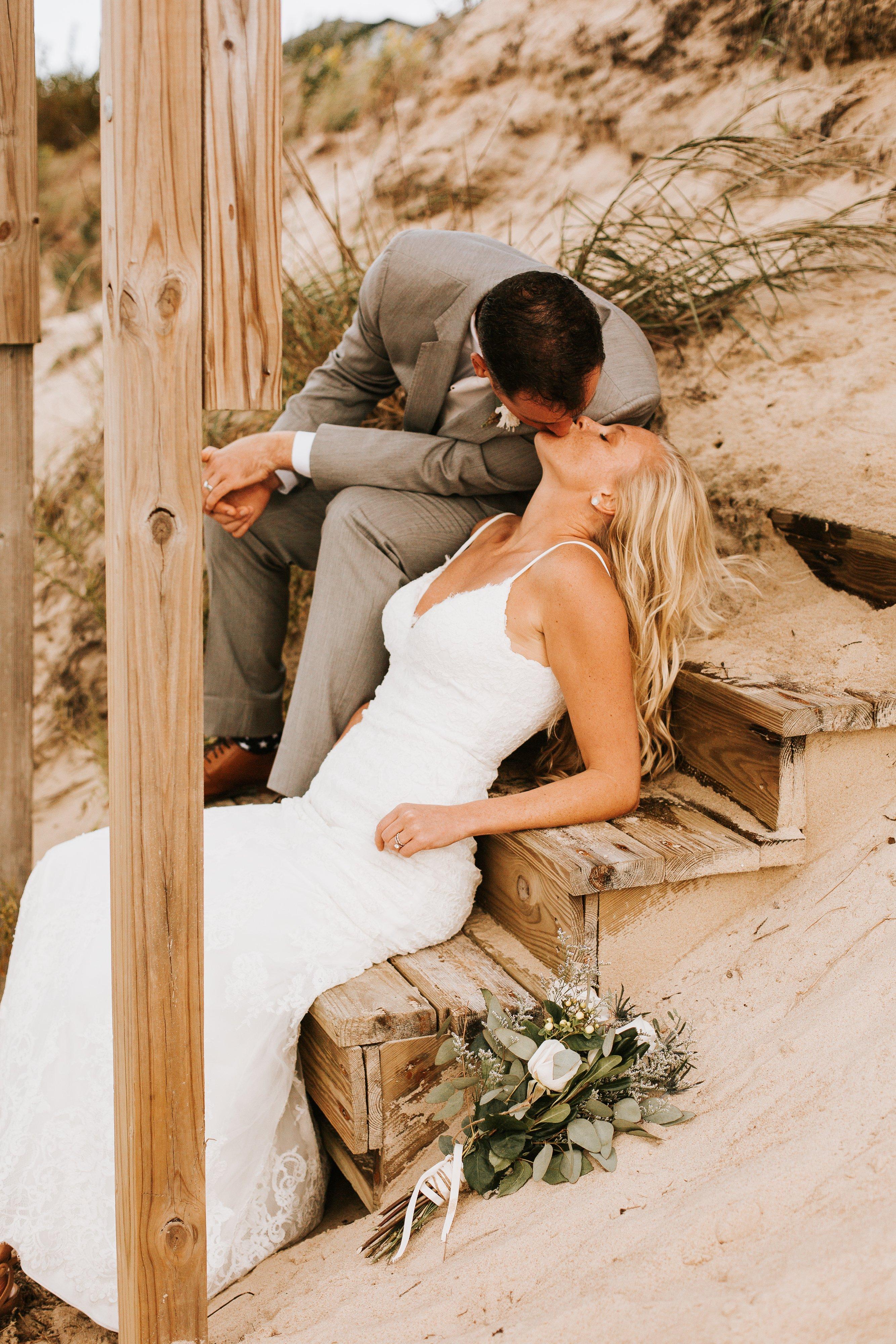 Waterfront-Virginia-Beach-Wedding-Lesner-Inn (41)