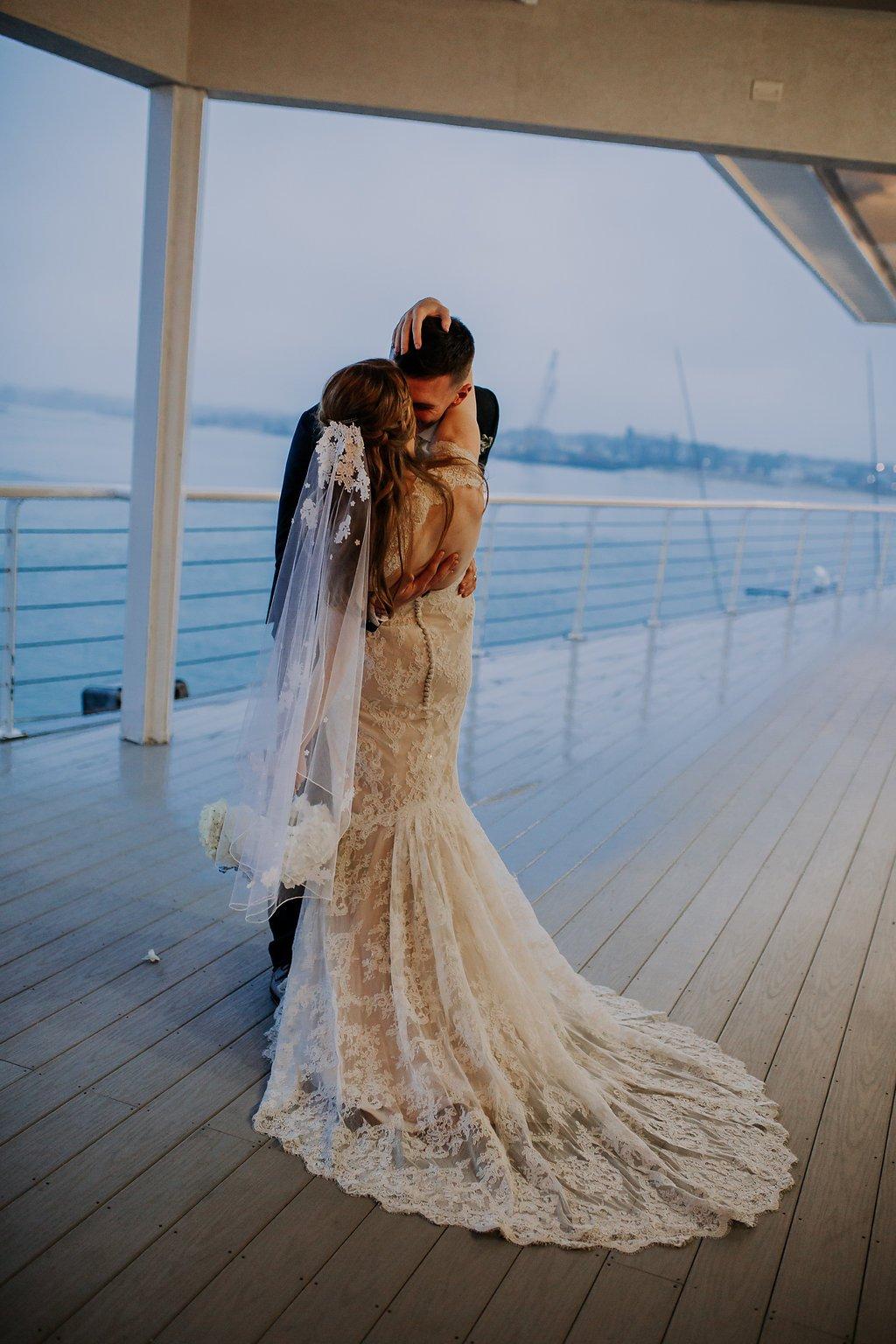 Waterfront Wedding Venue Virginia Beach Lesner Inn (19)