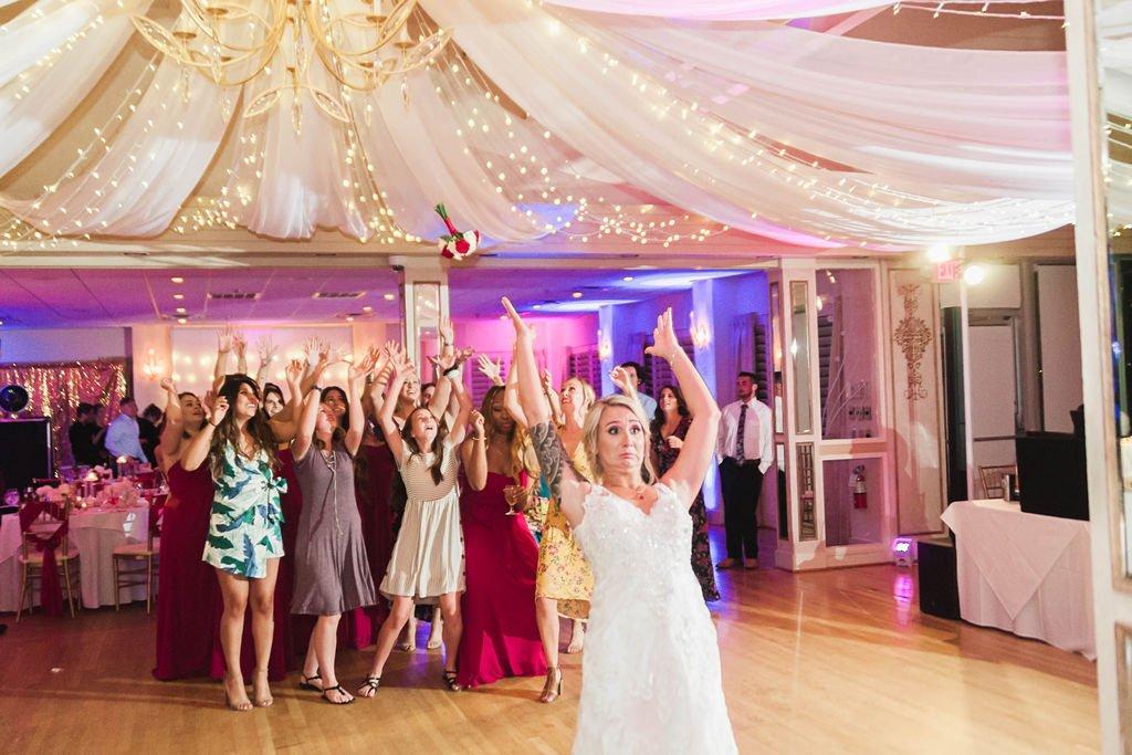 Weddings-on-the-Water-Virginia-Lesner-Inn (6)
