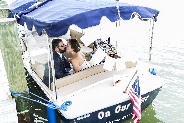 Best-Exit-Boat-Exit-Waterfront-Venue-Wedding-Mike-Dragon-Studios.jpg