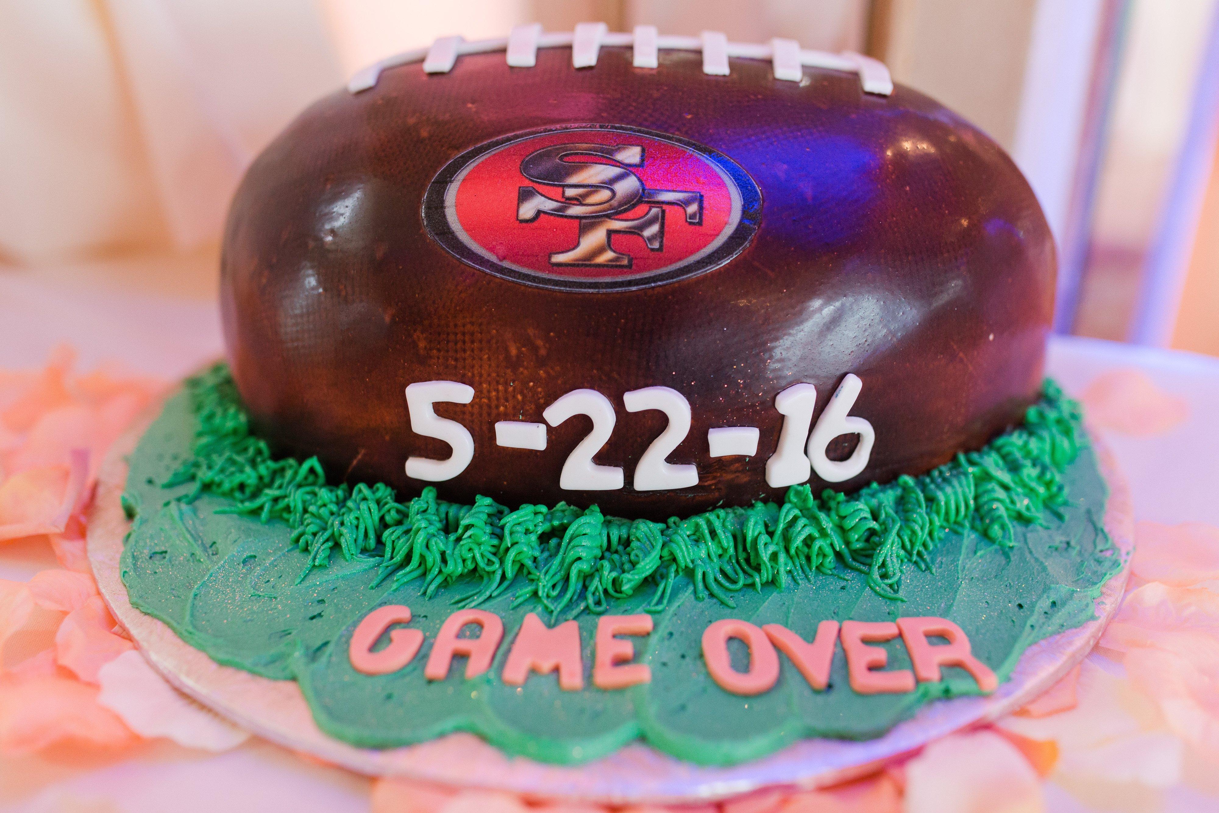 Best grooms cake.jpg