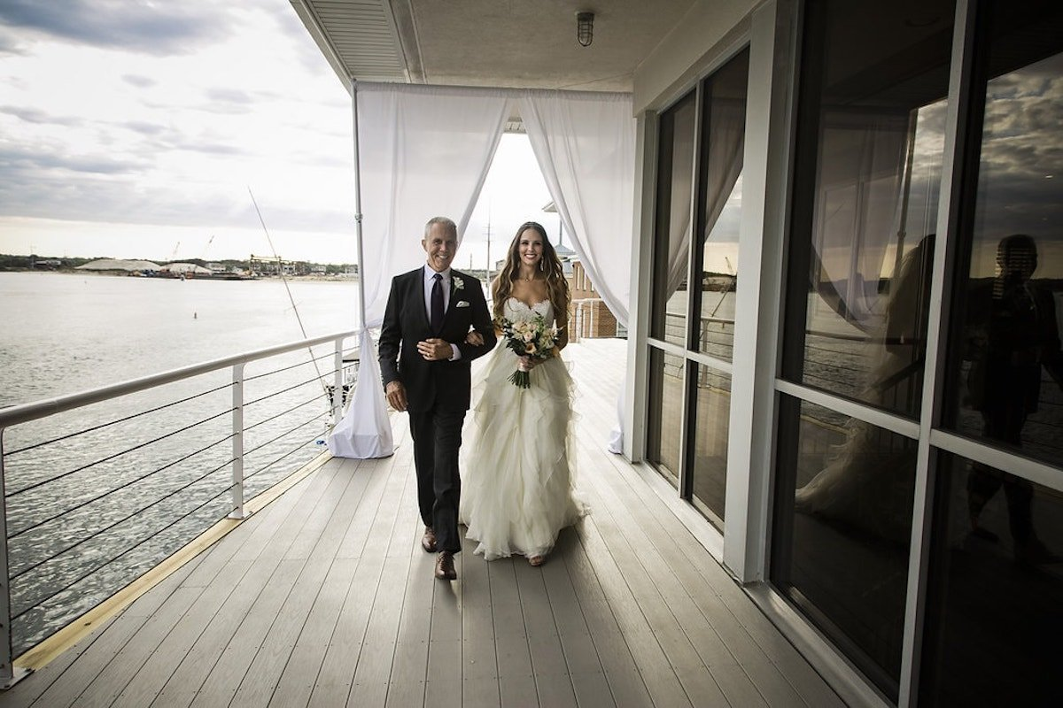 Coastal Virginia Wedding (15) Min