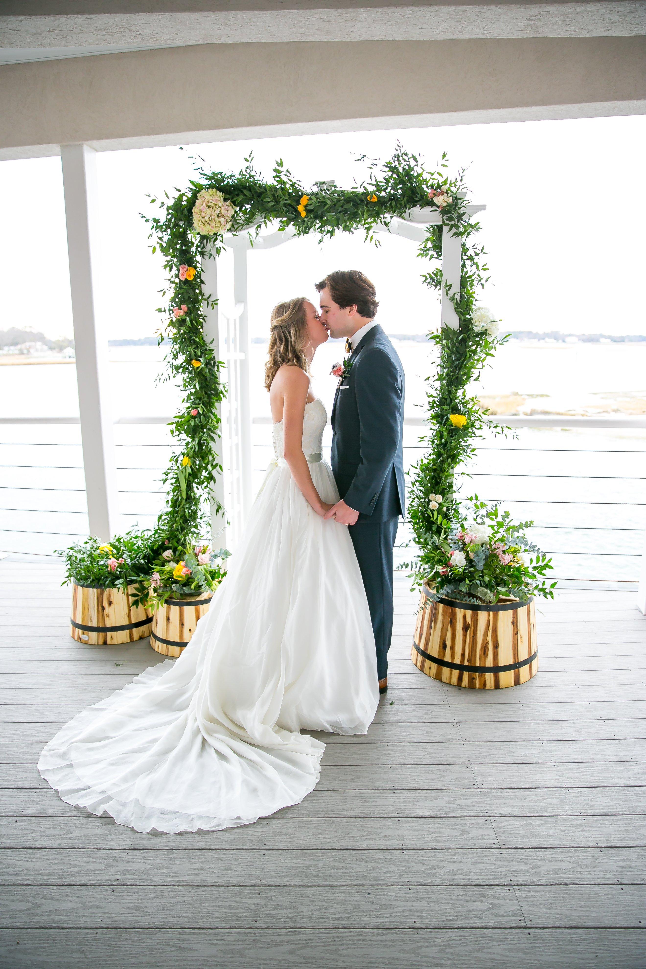 David-Champagne-Photography-Fluttering-Flowers-Florist-Virginia-Beach-Lesner-Inn-Wedding-Venue-1