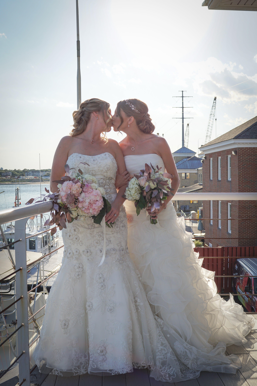 Lesner Inn Lesbian Wedding Venue Virginia.jpg
