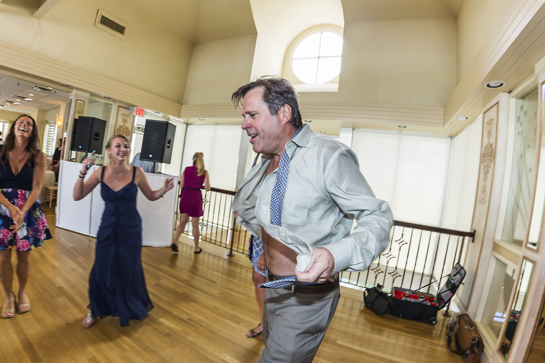 Lesner-Inn-Wedding-Dance-Floor-Fun-Times
