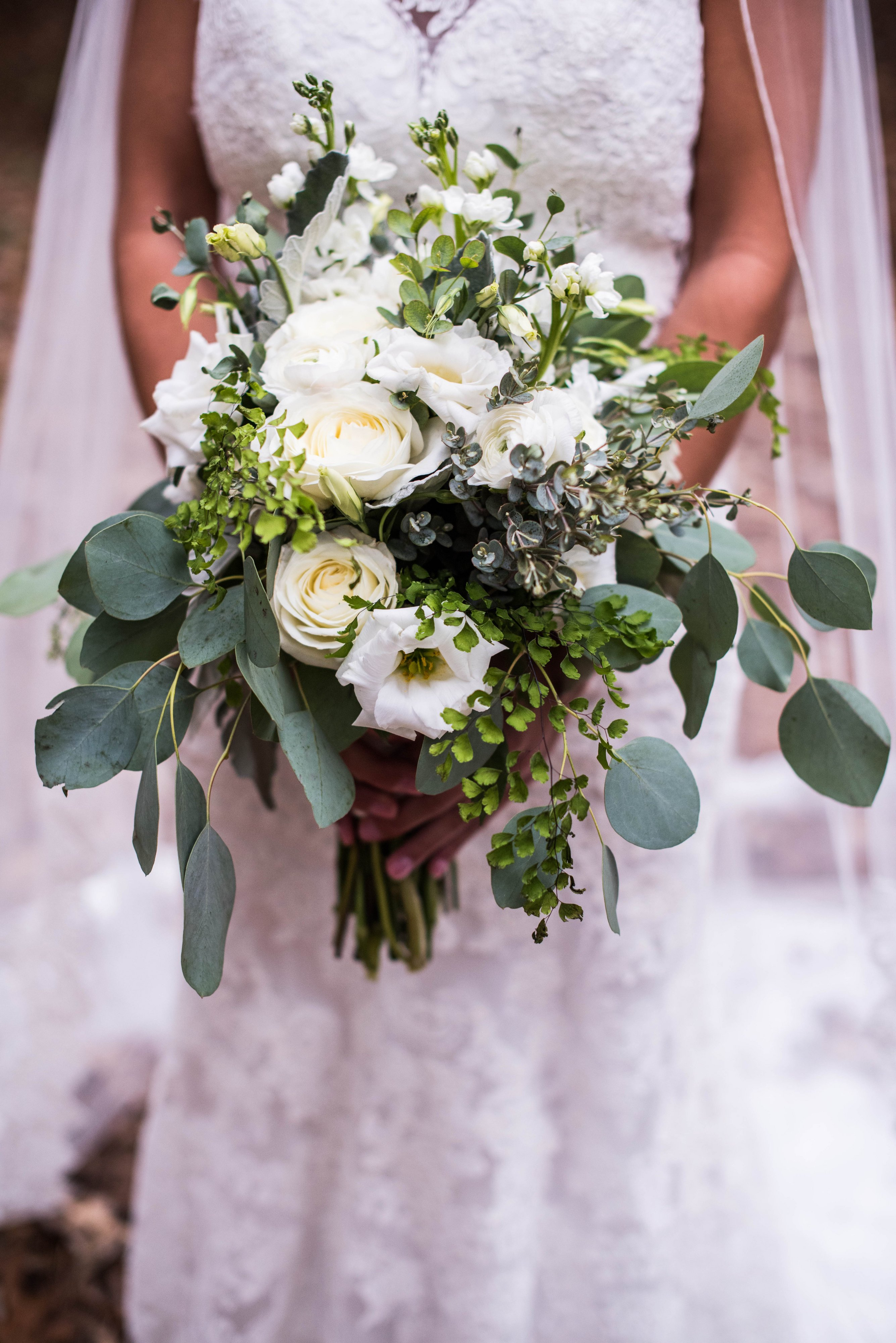 Virginia-Beach-Winter-Budget-Wedding-Lesner-Inn-Greenery-Bouquet-Stellar-Exposures-Photography.jpg