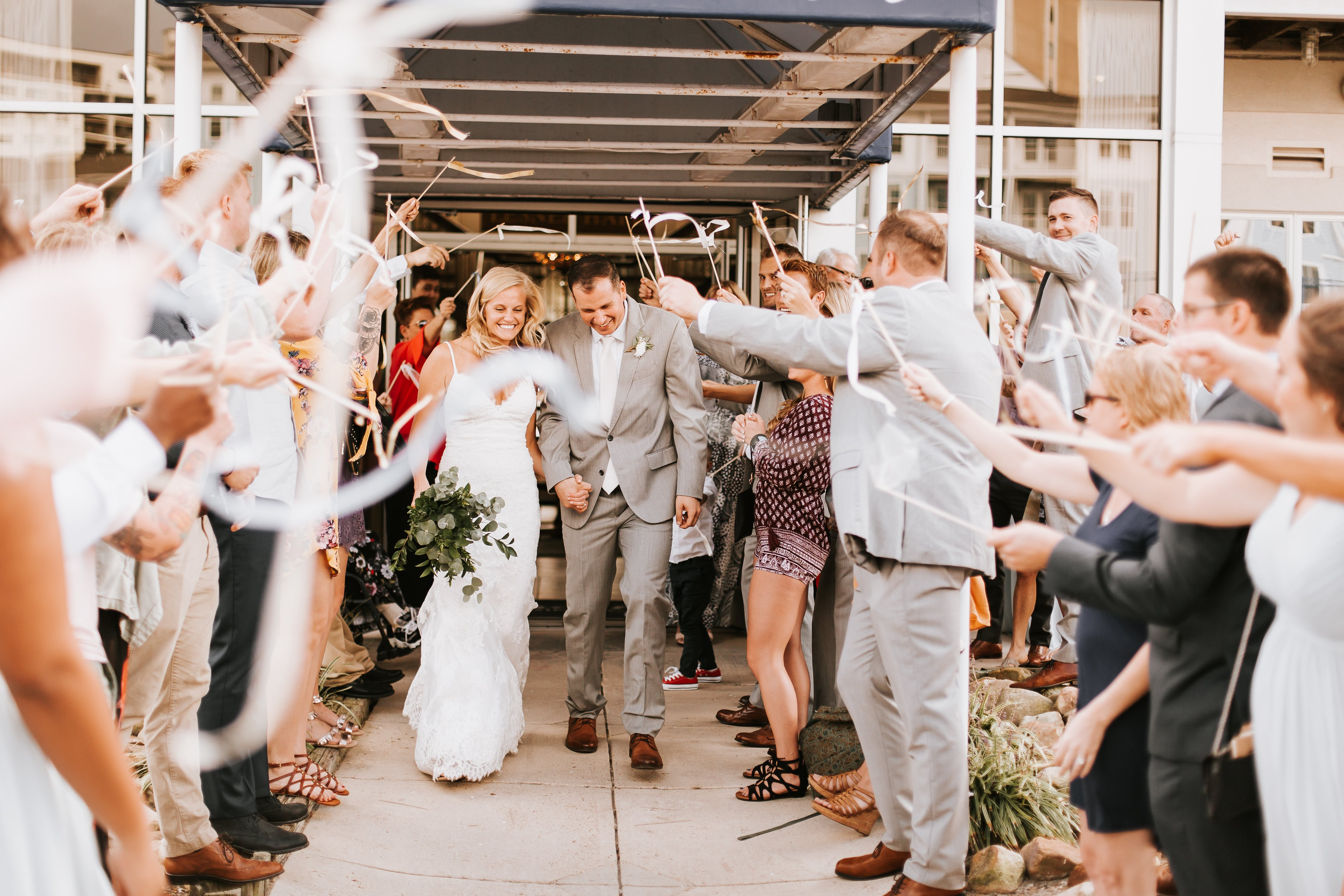 Waterfront-Virginia-Beach-Wedding-Lesner-Inn (52)